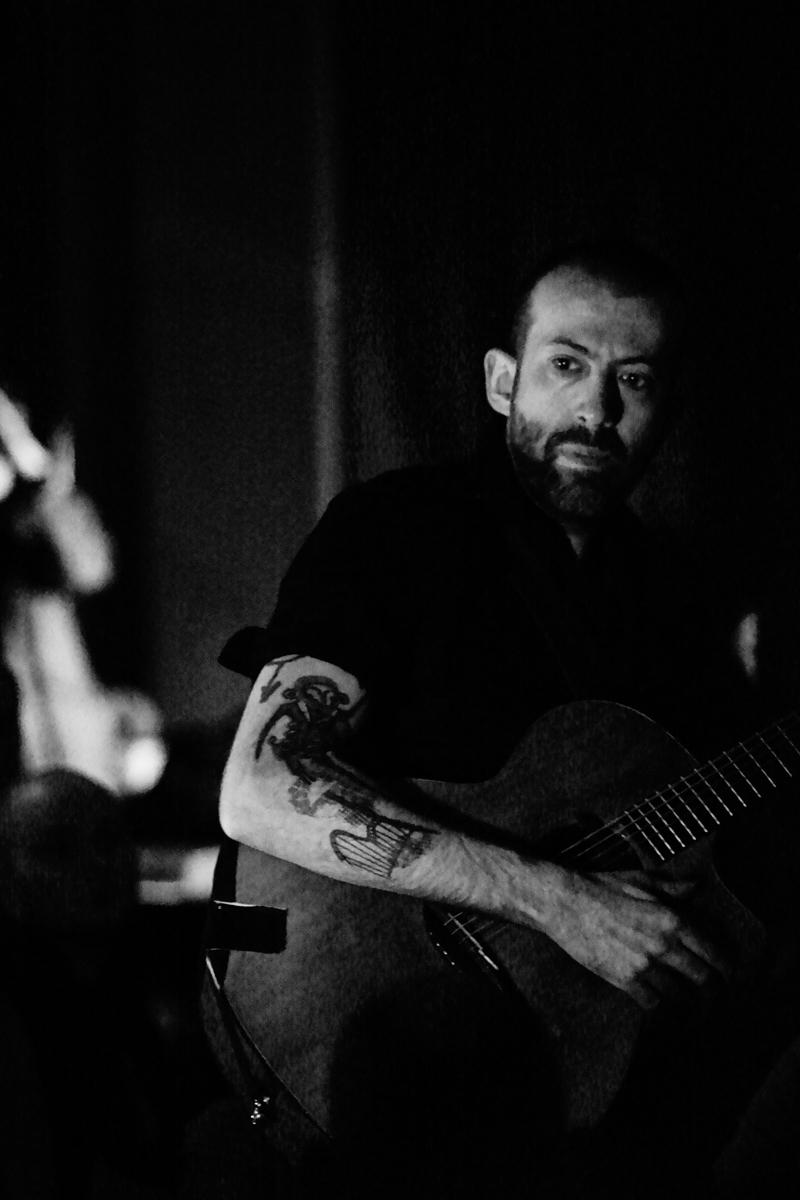 Jon Gomm live in Liverpool - by David Galbraith (2)