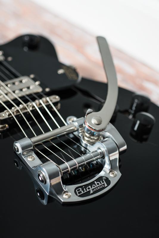 Guitar & Bass February 2016-20