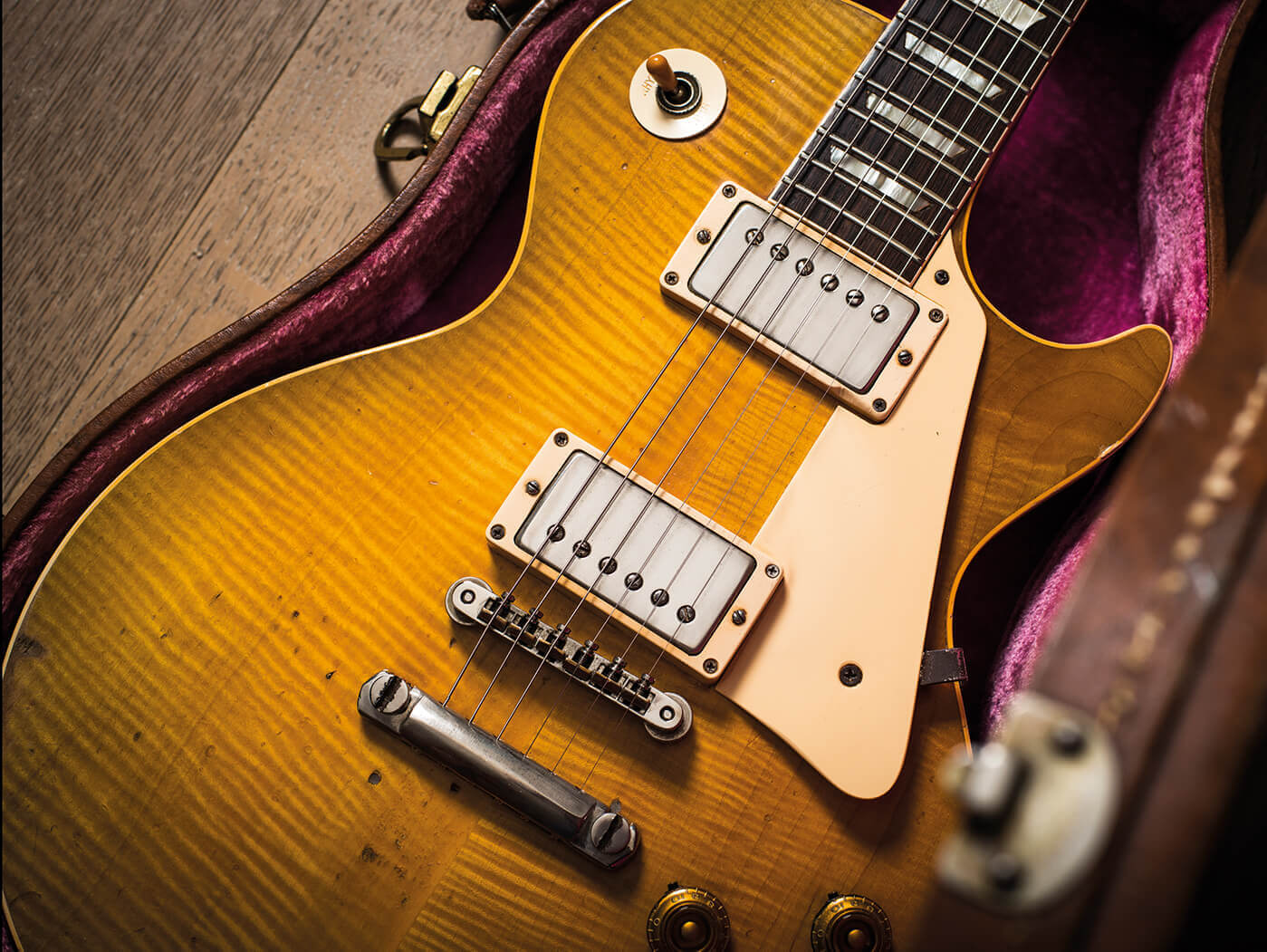 25 ways to upgrade your gibson les paul guitar com all Les Paul Outline