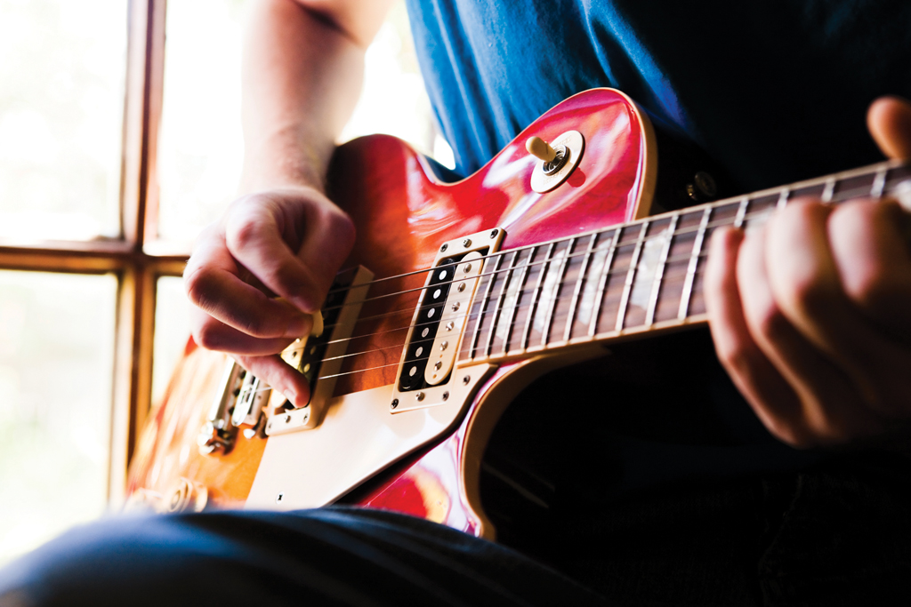 Chord Clinic: Powerchords - Two note tricks - Guitar com