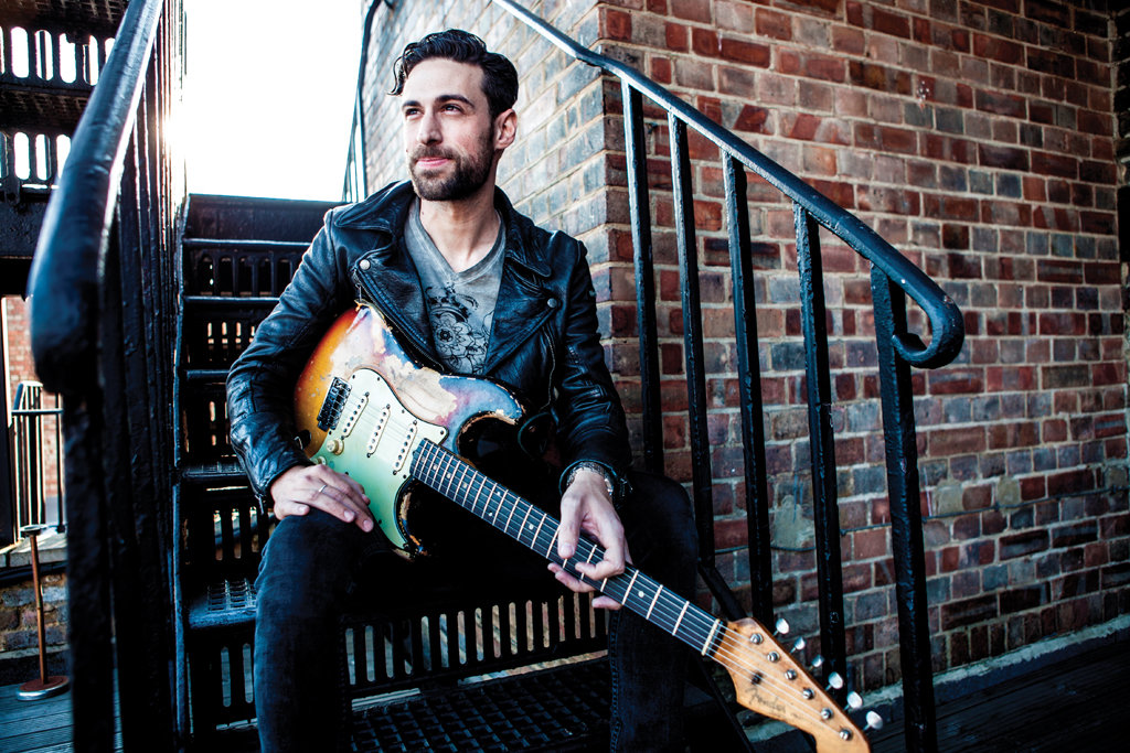 Dan Patlansky-Photo by Neil Whitcher_med