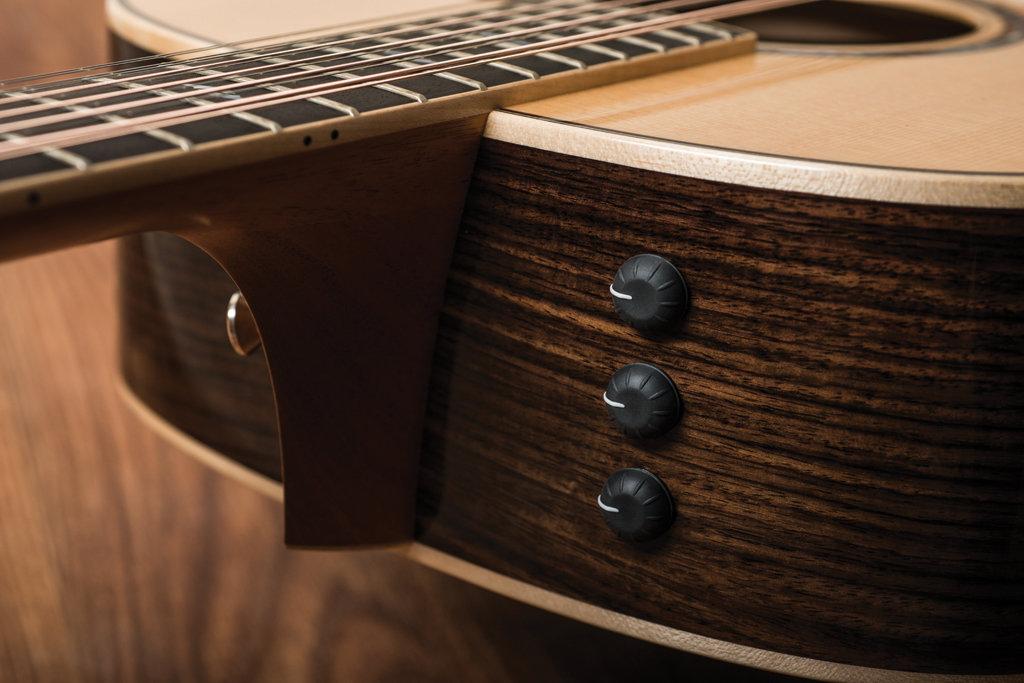 Guitar & Bass May 2016-15