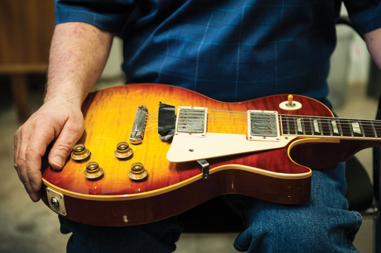 gibson-custom-behind-the-scenes-27