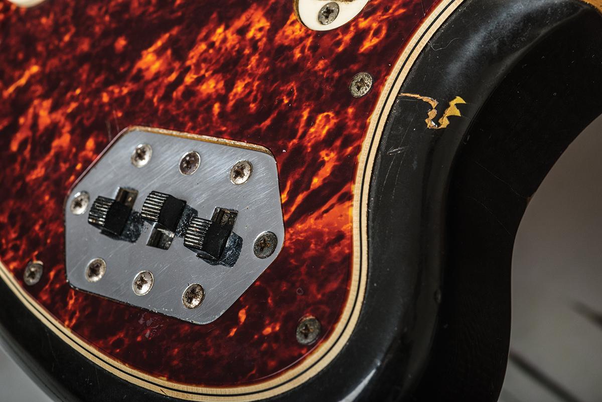 Fender vintage jaguar assured