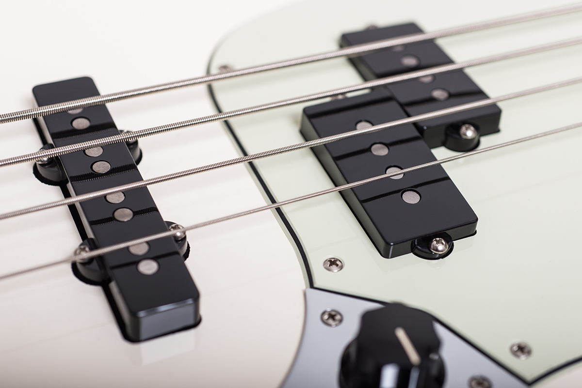 Fender Duo-Sonic HS, Mustang 90 & Mustang Bass PJ Reviews | The ...