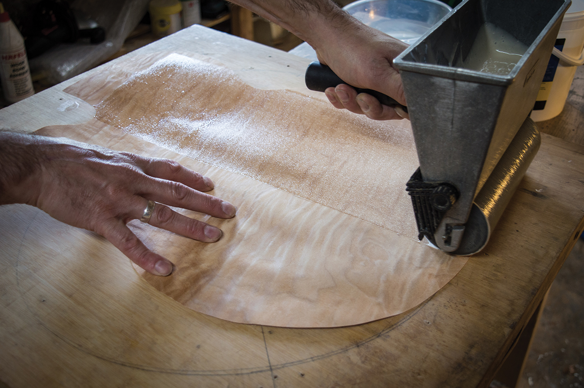 pic-2-rolling-glue