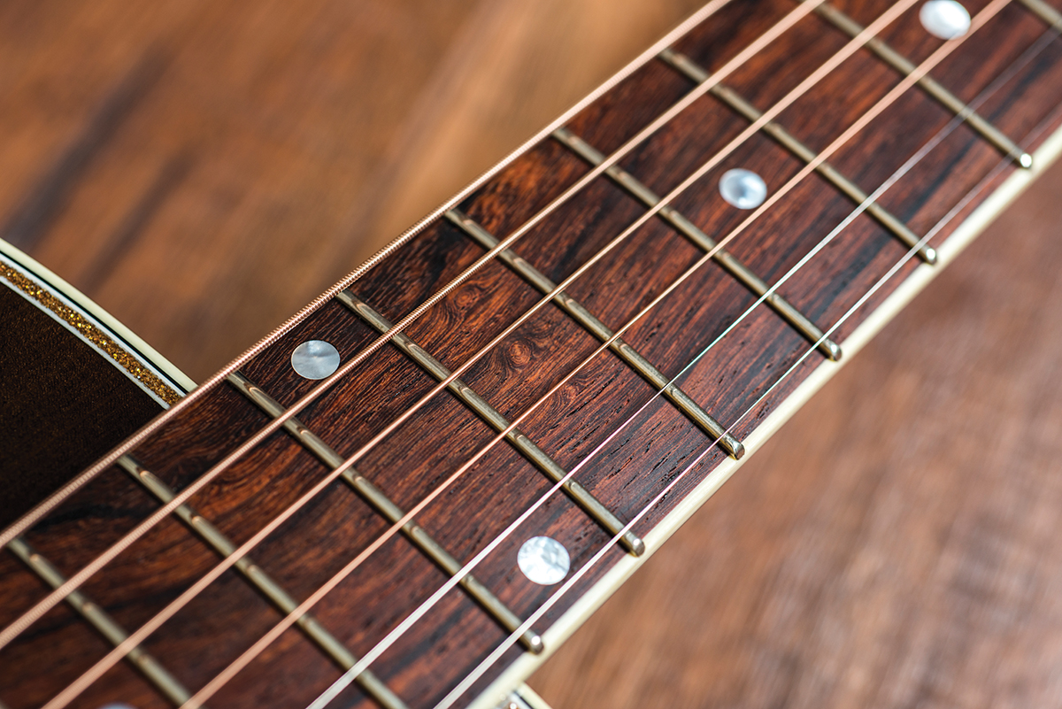 Fairbanks F20 S Nick Lucas Gold Sparkle Review All Ug Community Gibson Pickup Wiring No Color Code Recreations Of Classic Acoustics For His Model He Has Chosen To Replicate A 1930s With The Later Small But Deep Body Style And