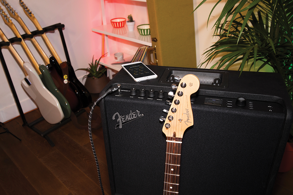Fender Mustang Gt 40 100 Review All Things Guitar Mark Tremonti Prs Wiring Diagram The Will Take You From Bedroom To Stage But Is Likely Be More Living Room Friendly
