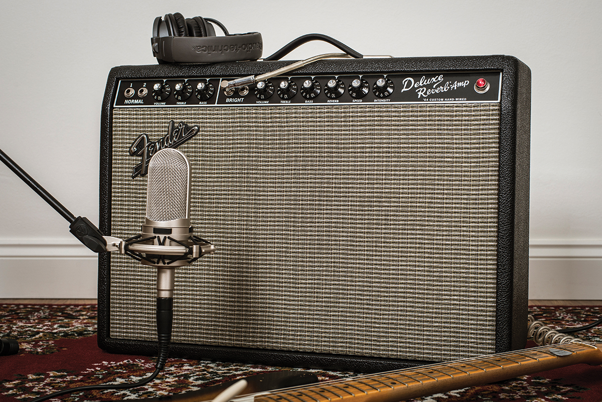 Fender 64 Custom Deluxe Reverb The Guitar Magazine 20w T Amp Is Great All Round That Has Found Favour With Countless Country Funk Jazz Rockabilly And Blues Players