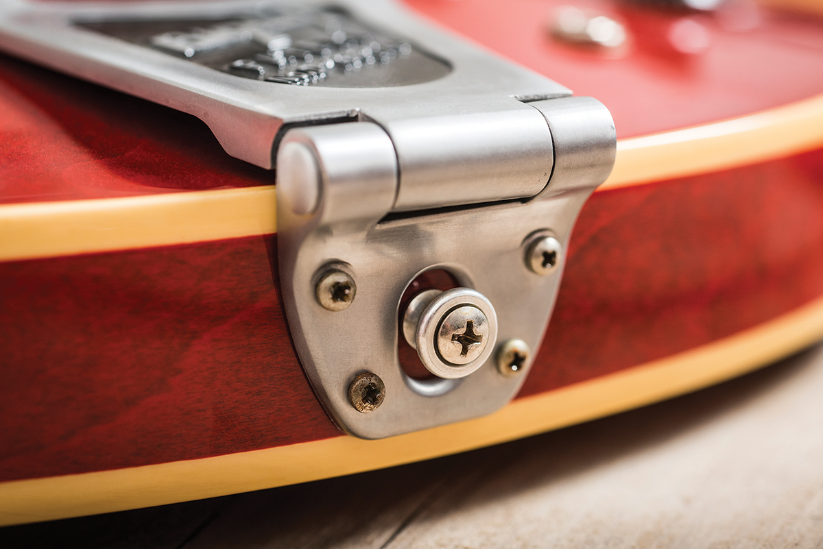 Revive Your 335 Get Pro Tone From Gibson Or Epiphone The Les Paul Custom Here Is An Example Of Modern And 50 S Wiring If You Can Find One Wed Recommend Tracking Down A Bigsby B6cb Its Gretsch Part But It Has Huge Advantage Over Regular B6