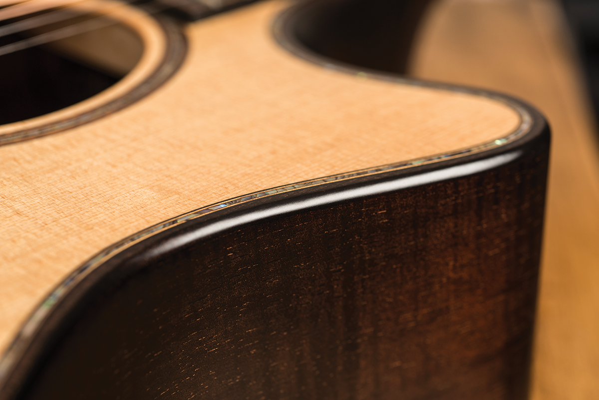 Review: Taylor Builder's Edition K14ce with V-Class bracing