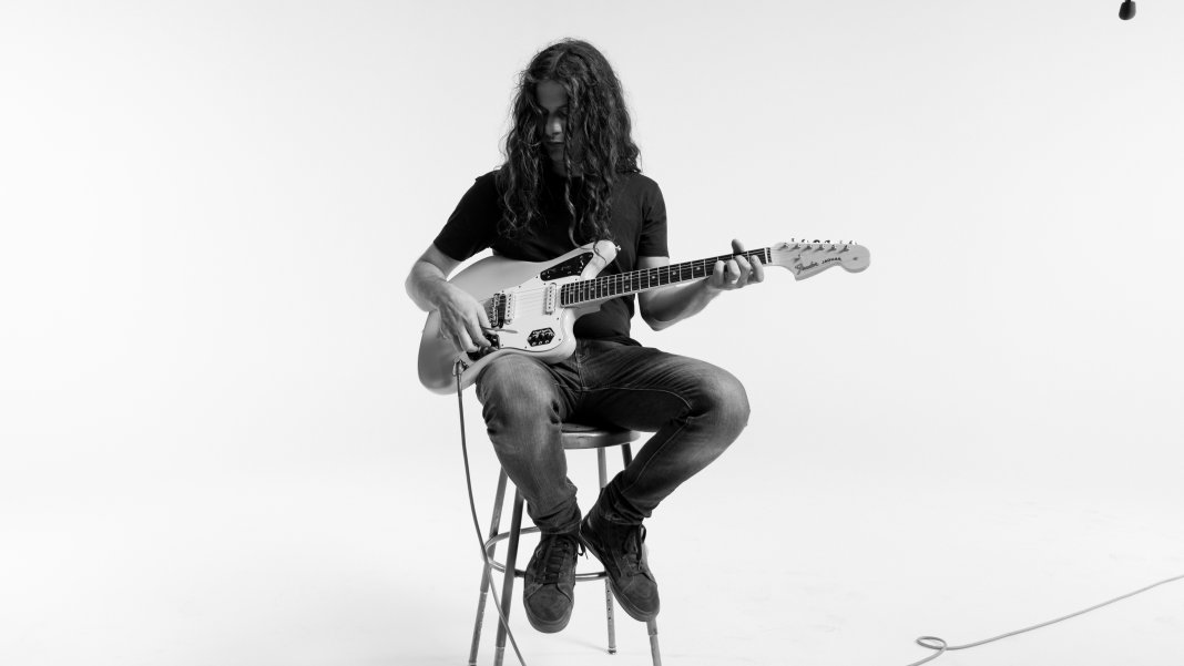 Kurt Vile plays a Fender Jaguar