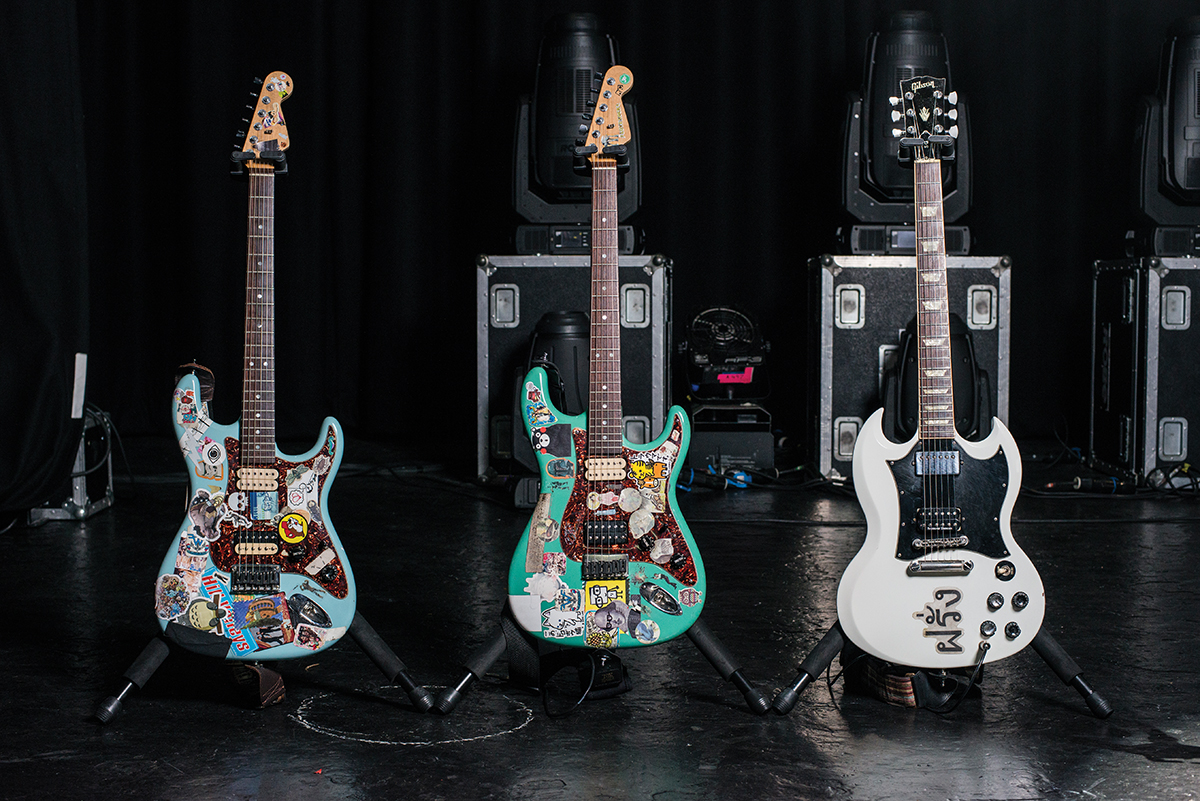 weezer rivers cuomo stratocaster