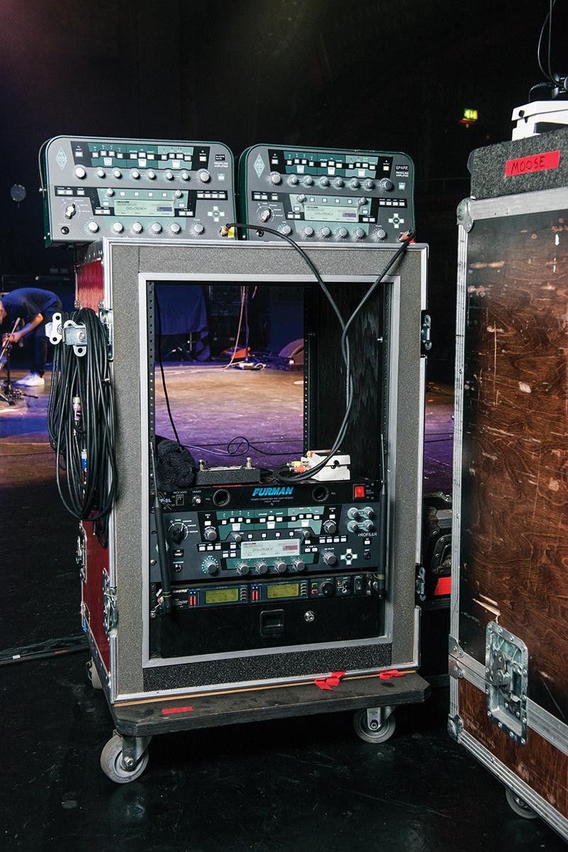 weezer rivers cuomo kemper amplifier