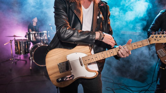 How to buy electric guitar