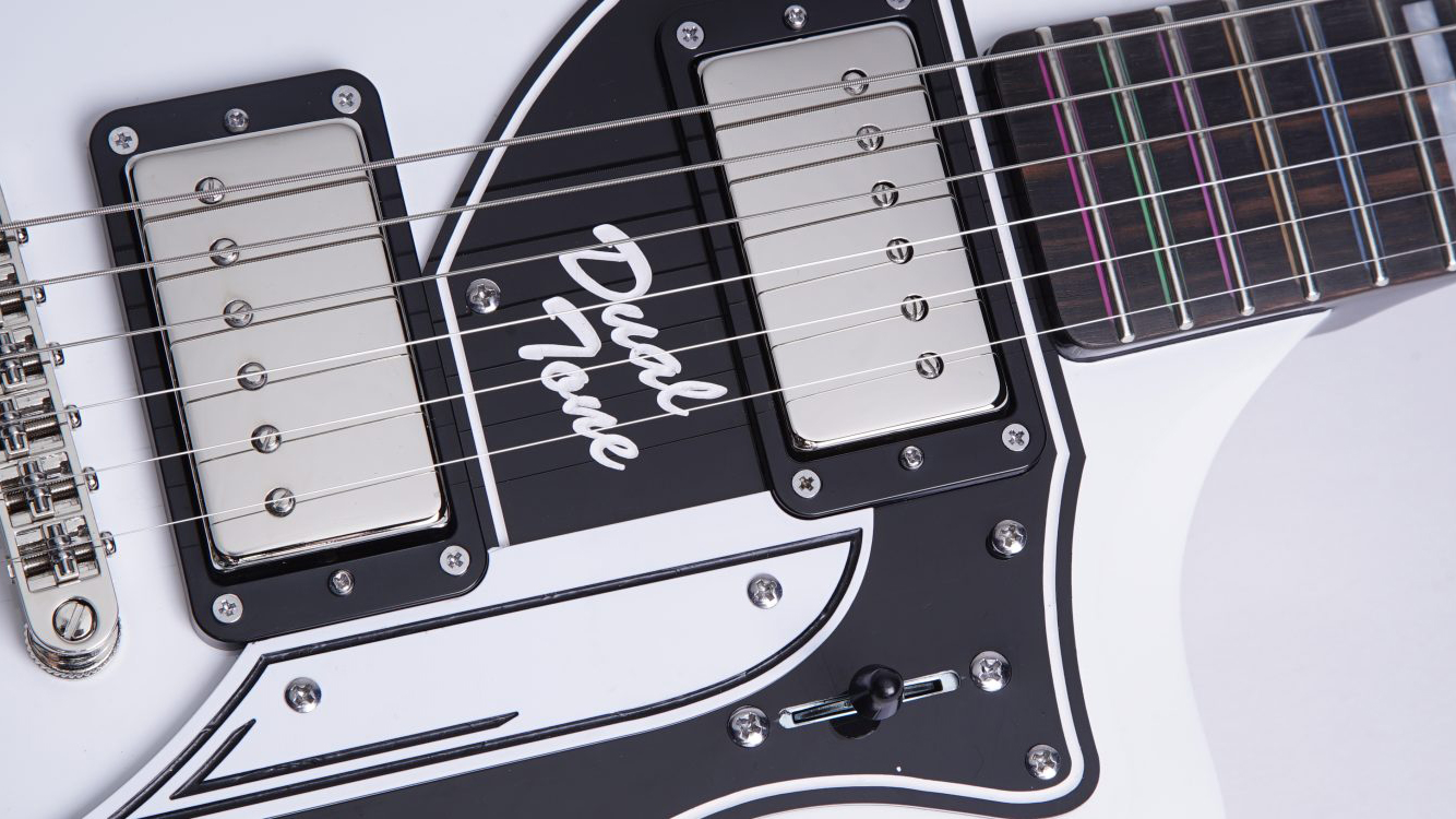 Supro releases a David Bowie-inspired model