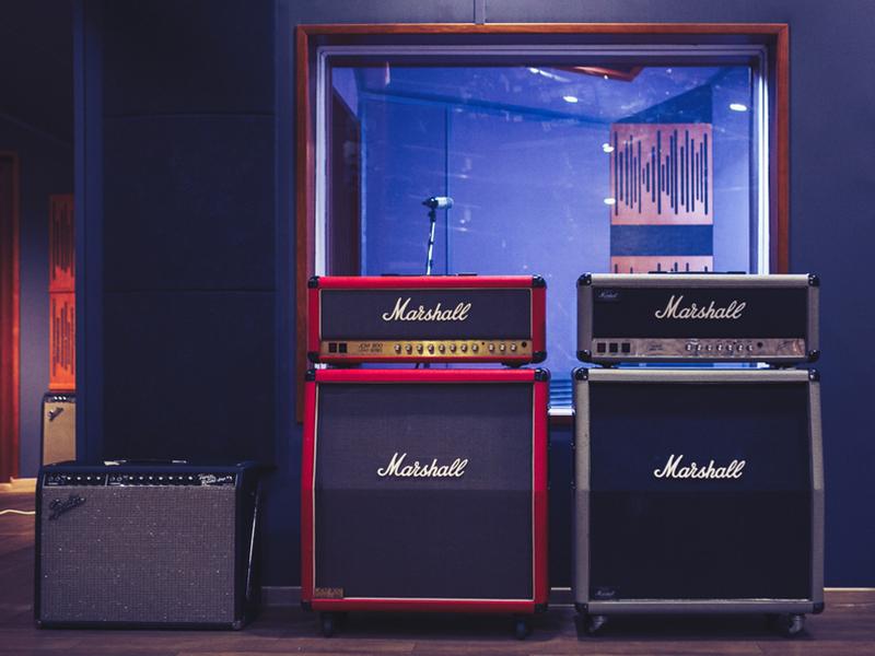 Fender Marshall combo half-stack