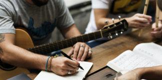 Songwriting improvisation jamming