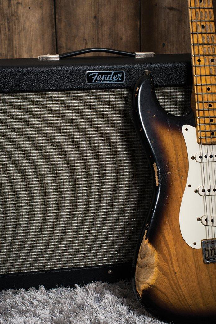 fender hot rod deluxe iv hot rod deville iv review all things guitar. Black Bedroom Furniture Sets. Home Design Ideas