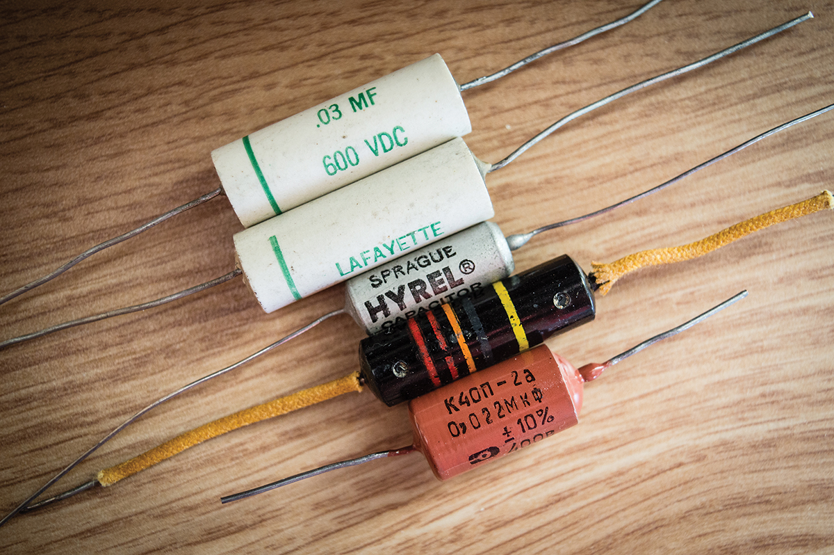 gibson les paul capacitors