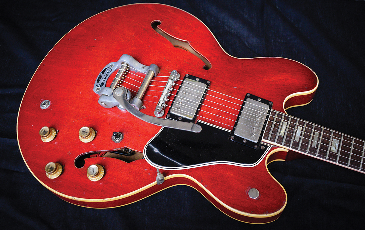 Andy Scotts Es 335 Block Buster The Guitar Magazine Gibson Wiring Harness Before Ballroom Blitz Teenage Rampage And Hell Raiser Lit Up Charts Sweet Guitarist Scott Then A Member Of Welsh Psych Rockers Elastic Band