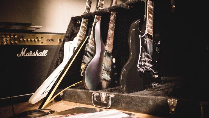 Gibson SG Music Man Petrucci Epiphone Gus G Jackson Randy Rhoads