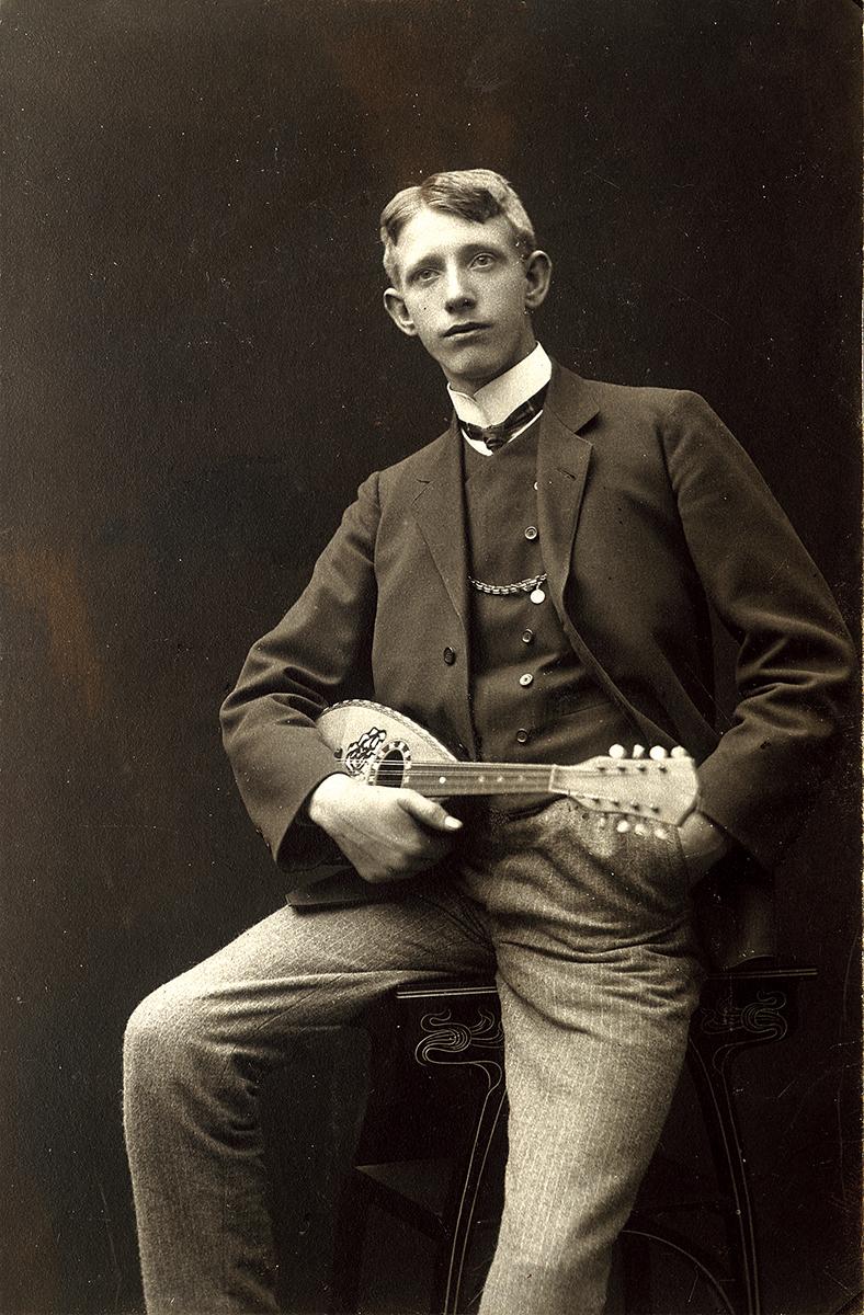 martin vintage mandolin