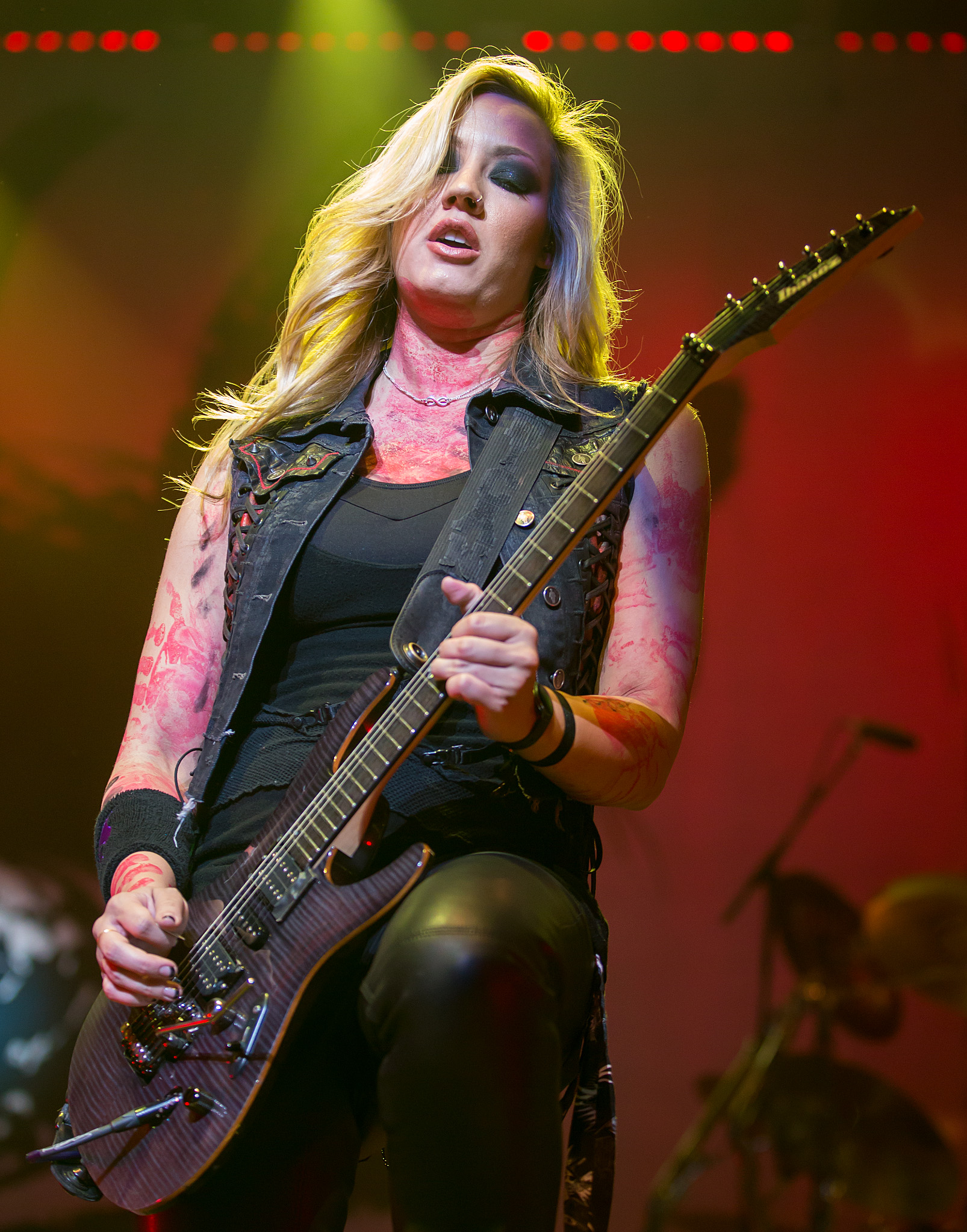 Woman Tone: Is The Guitar Industry Sexist?