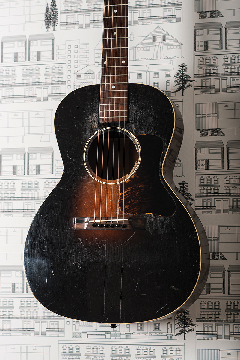1934 Gibson L-00,