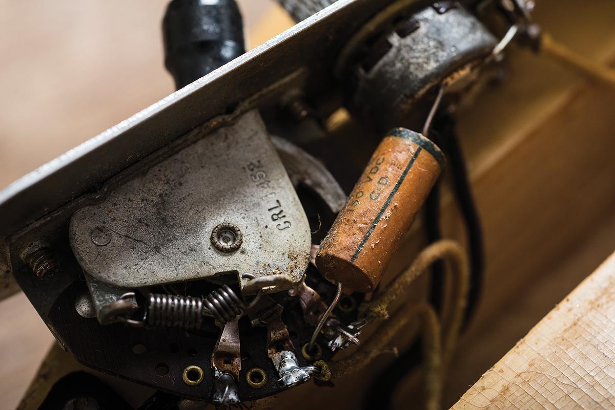 Vintage Bench Test: 1950 Fender Broadcaster - Broadcast Quality