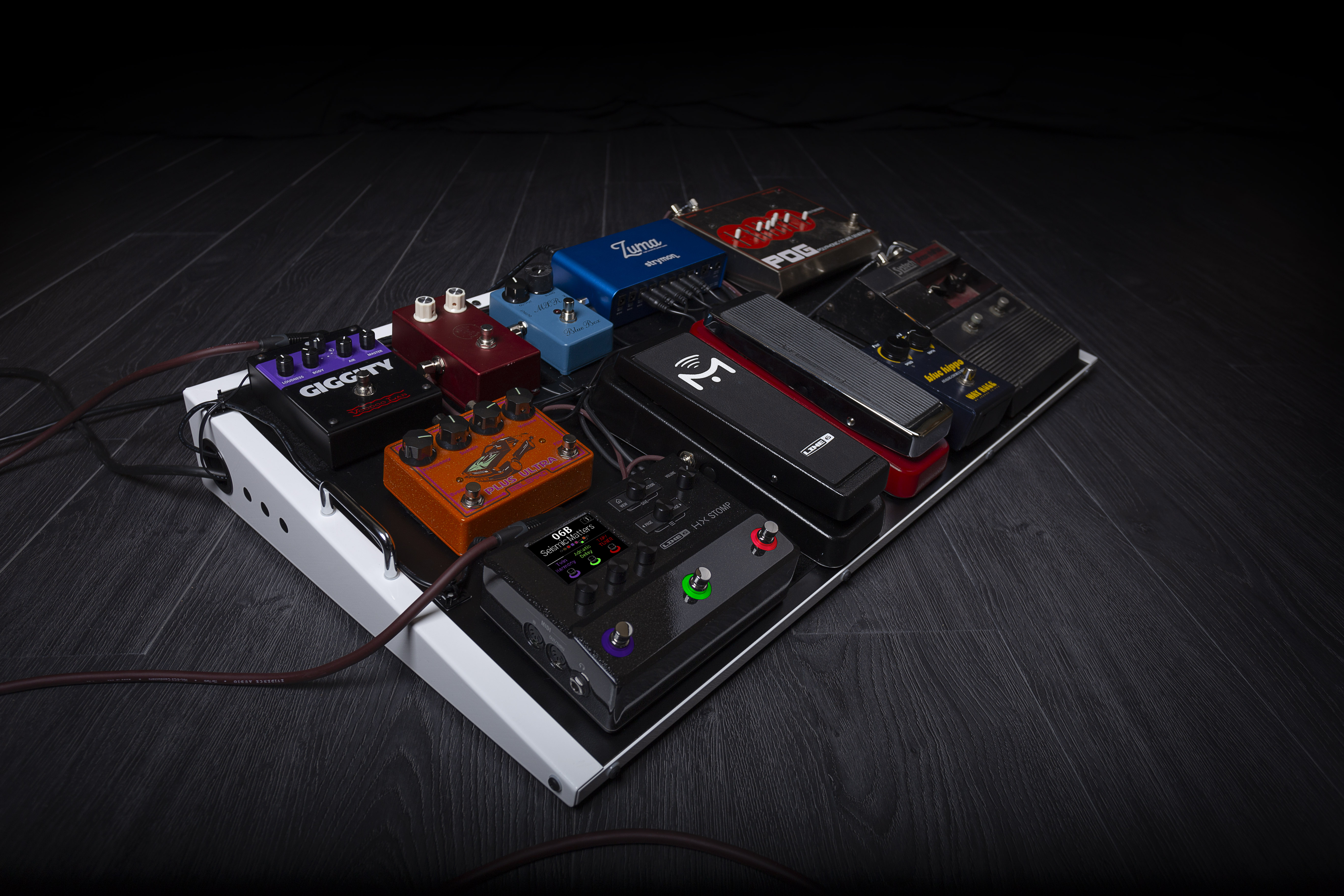 Press Release: Line 6 reveal HX Stomp Multi-Effects Processor