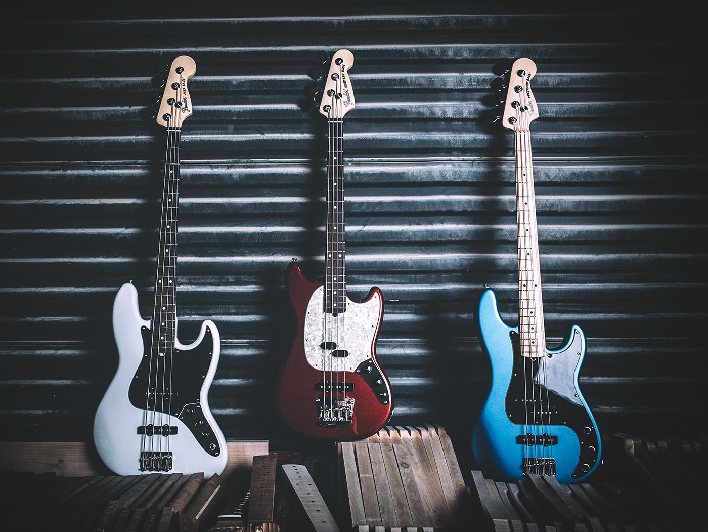 The American Performer basses Fender