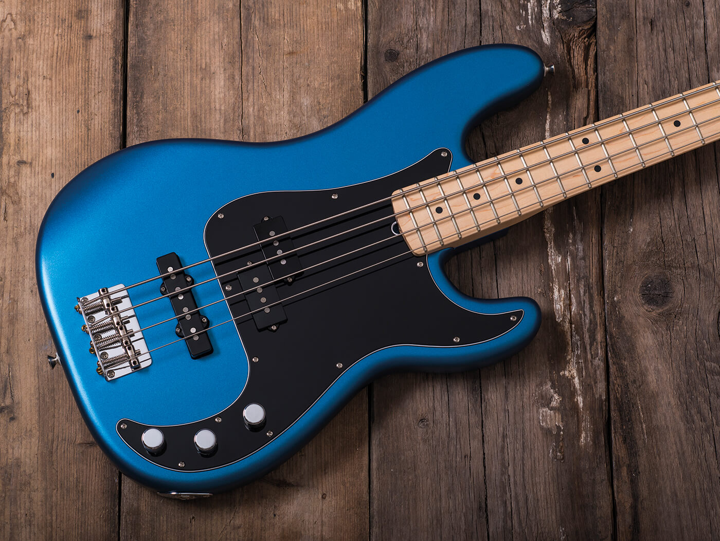 Review: Fender 2019 American Performer Precision Bass ...