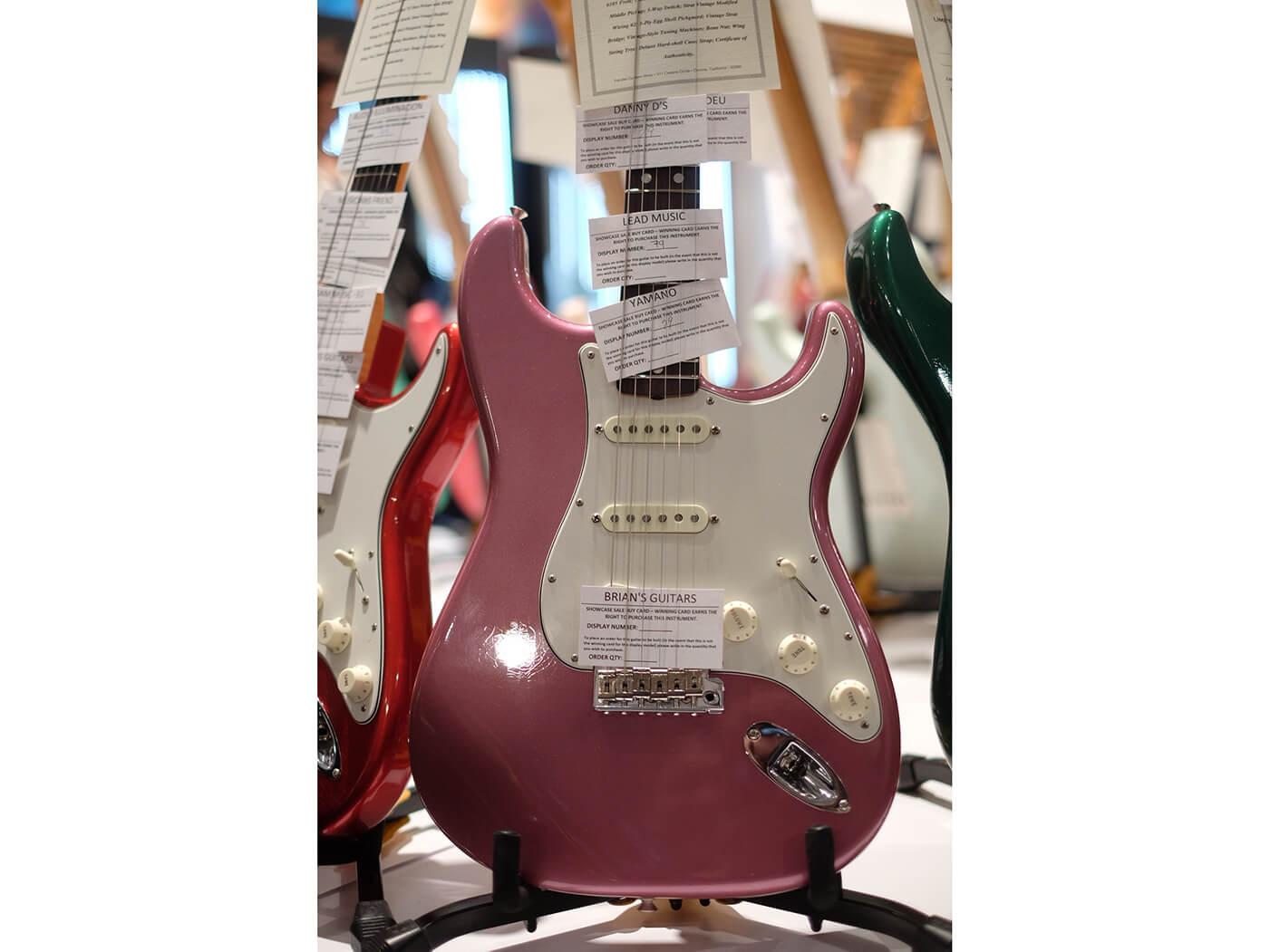 Limited Edition 1965 Stratocaster Lush Closet Classic, Burgundy Mist Metallic