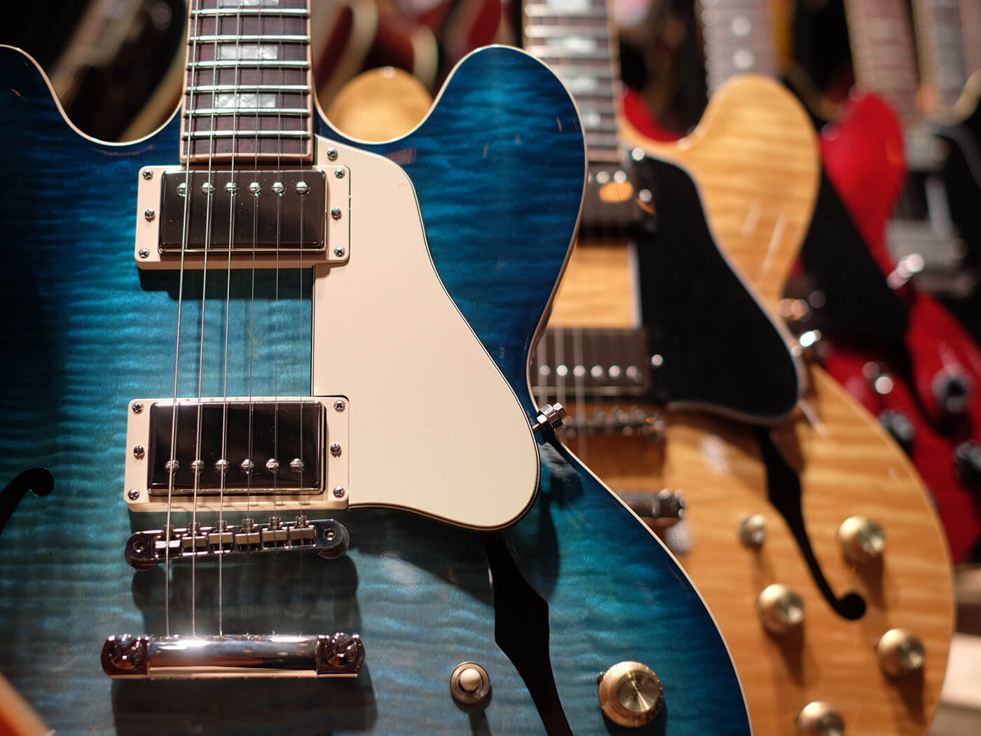 ES-335 Figured Glacier Blue