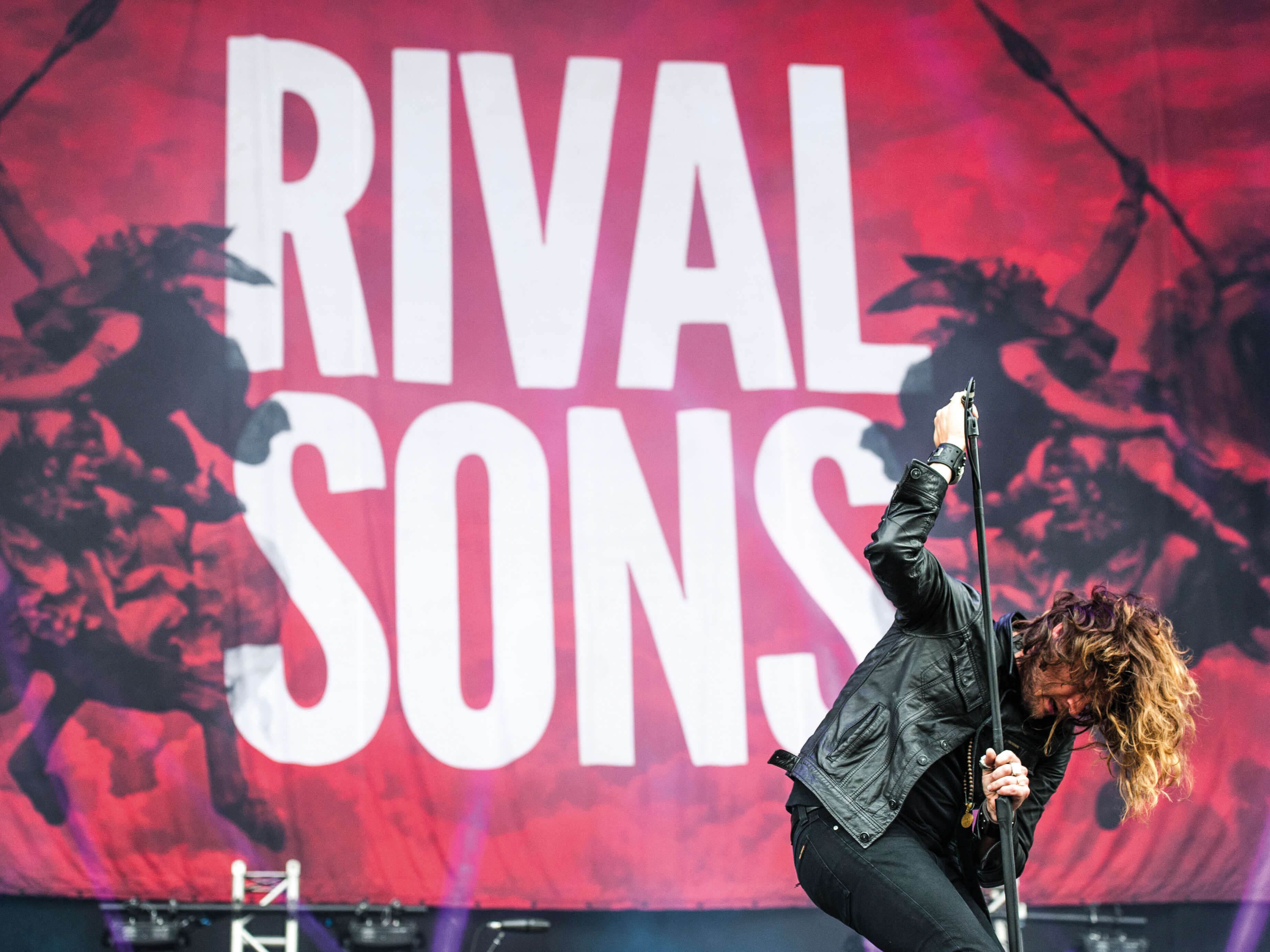 Rival Sons Jay Buchanan on stage