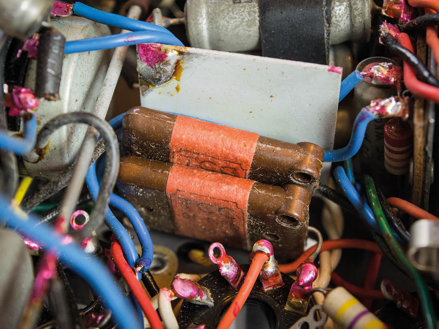 DIY Bell & Howell Filmosound Amp leaky 6V6