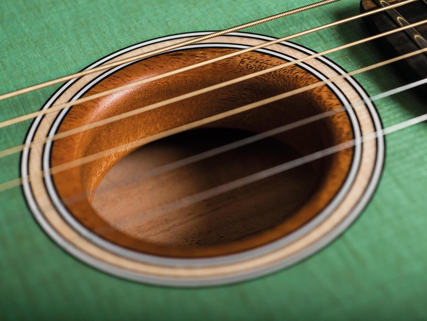 Fender American Acoustasonic soundhole