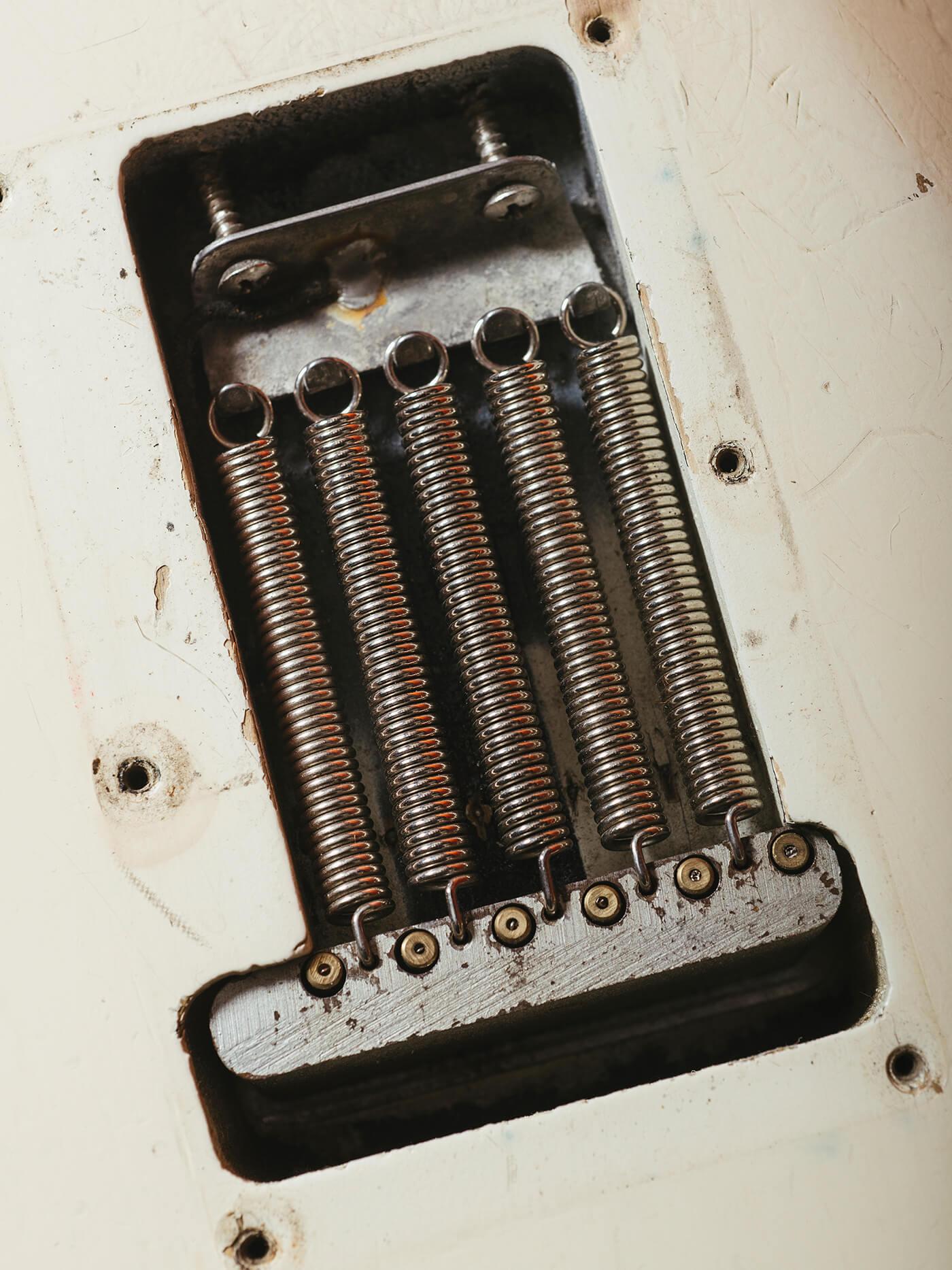 Fender Jimi Hendrix 63 springs