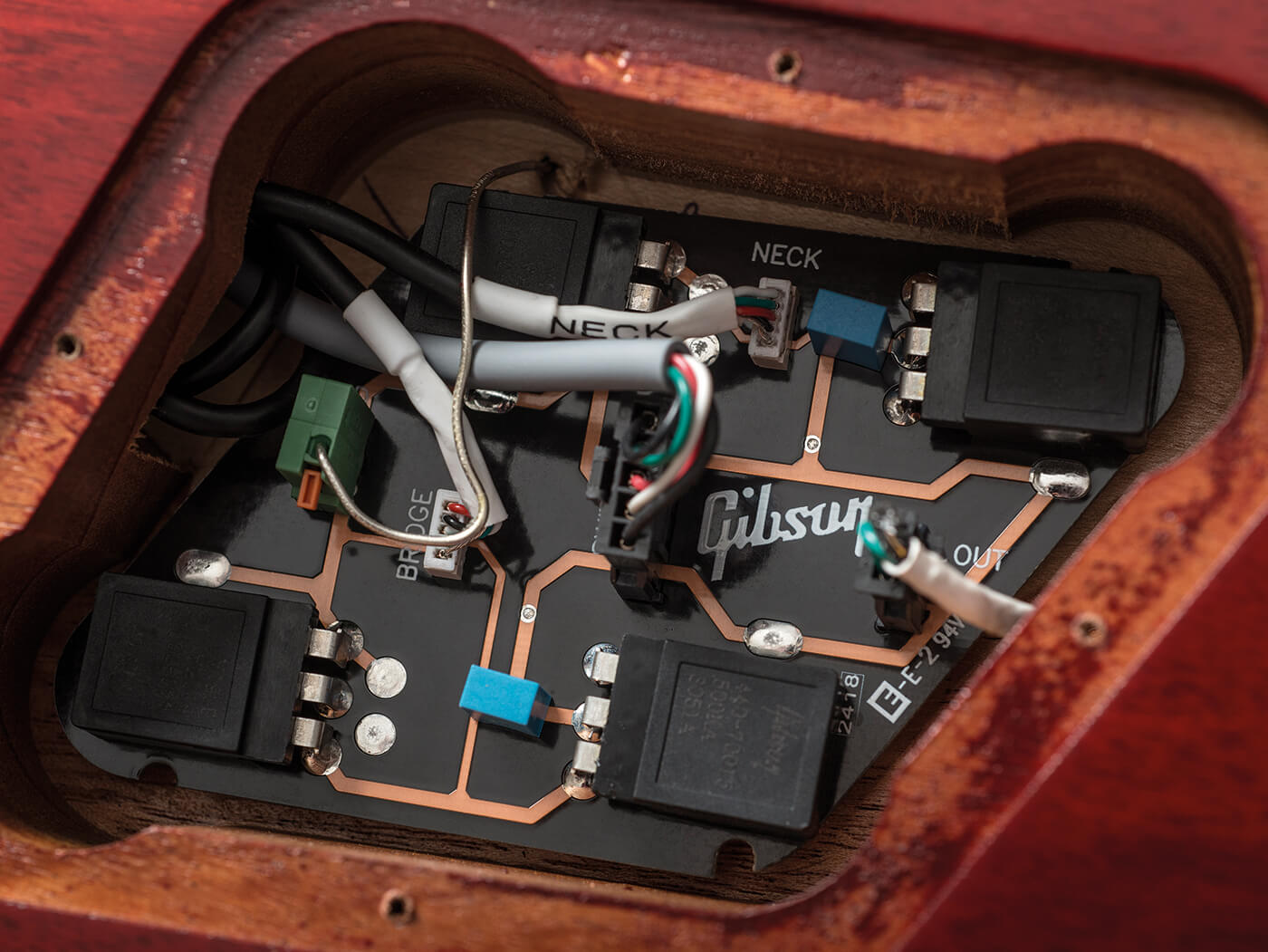 Gibson pickup cavity on the SG Standard Tribute