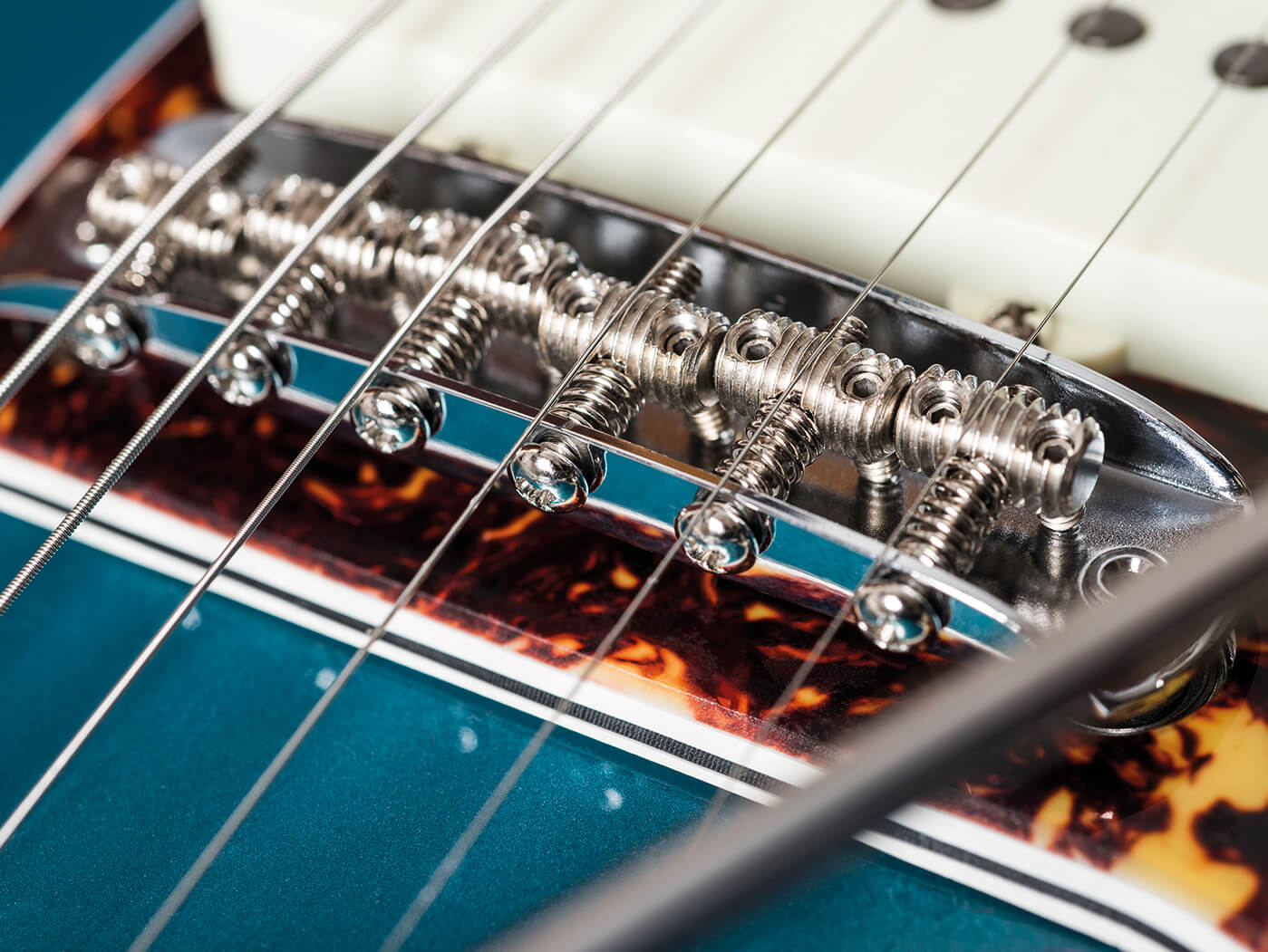26 essential mods for Jazzmasters, Jaguars and other offset