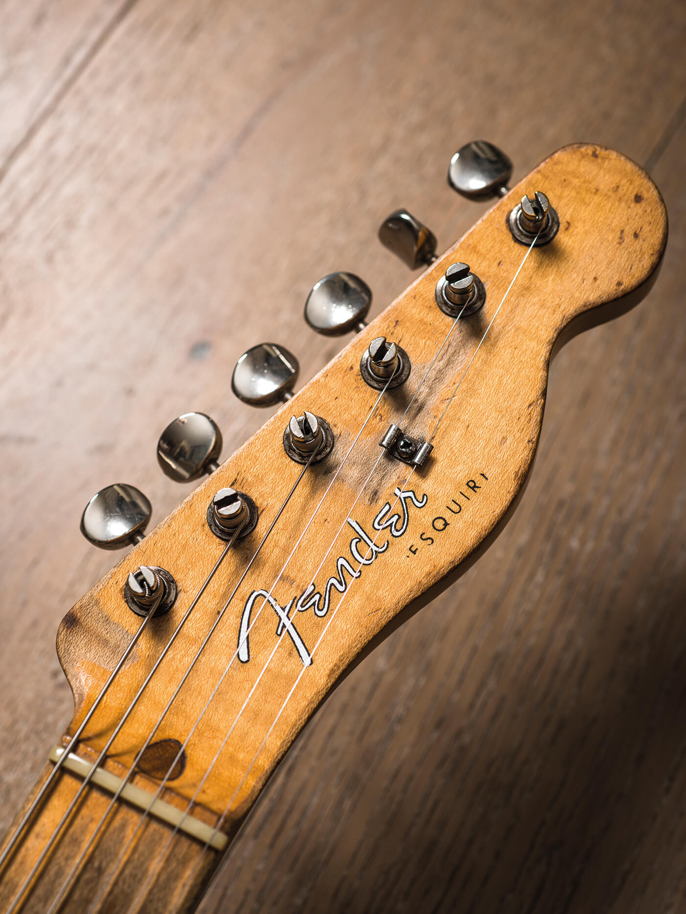 Cosmo Collection Esqurie headstock