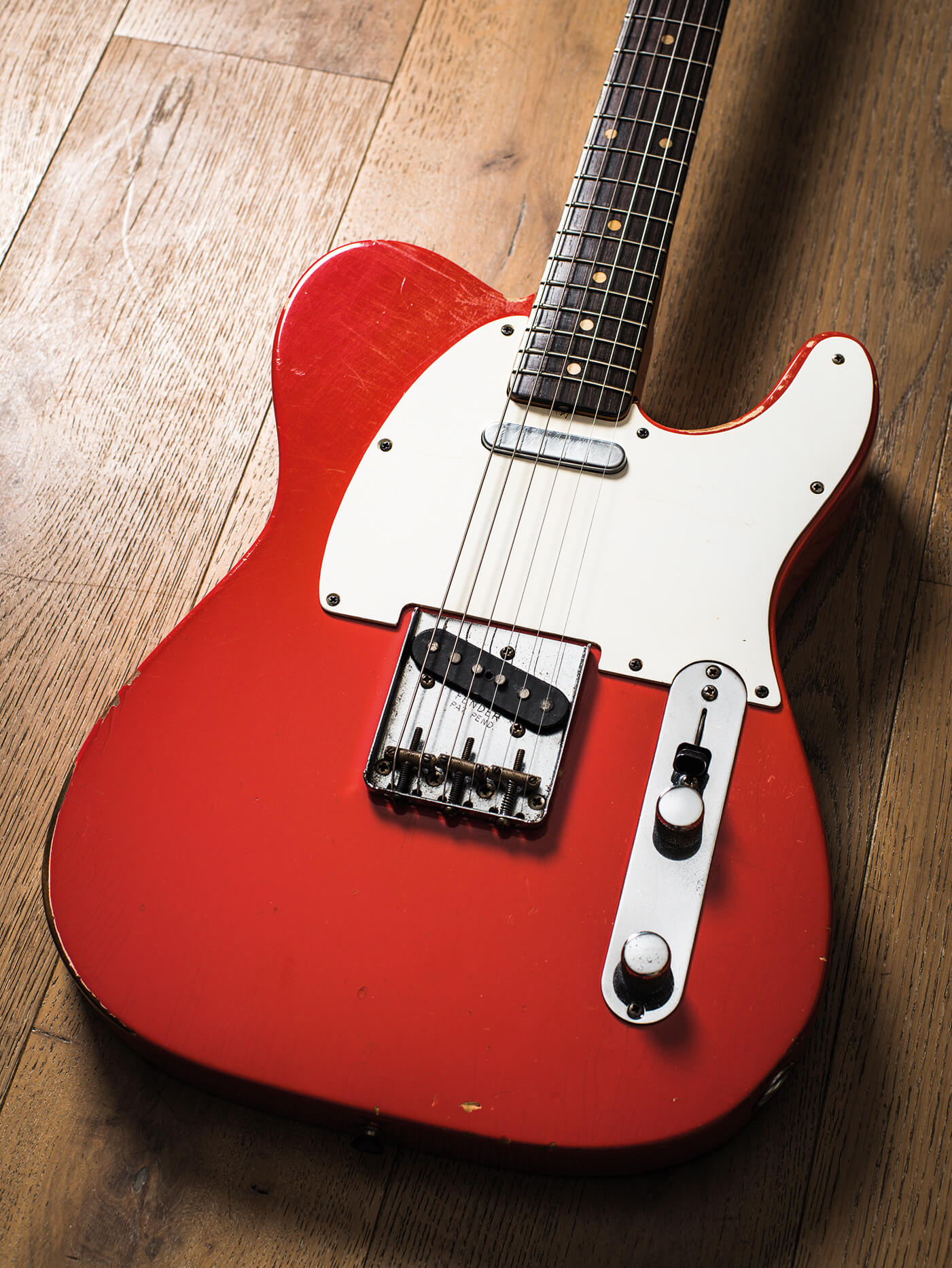 Cosmo Collection Fiesta Red Tele