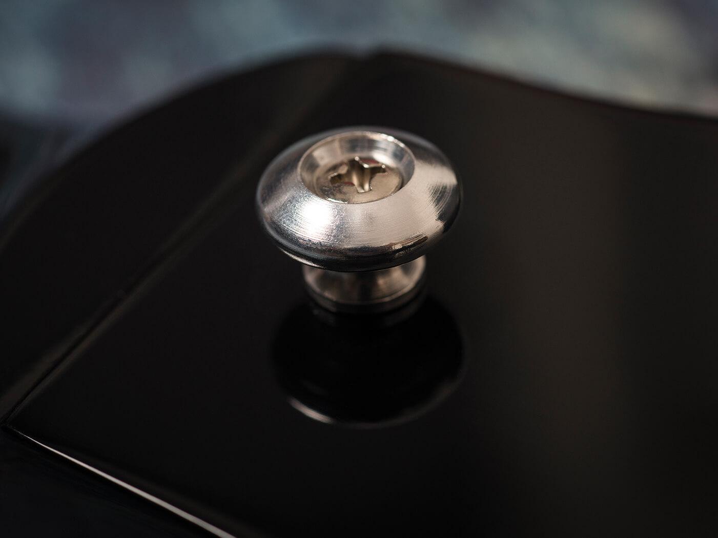 Gibson 2019 SG Standard pin button