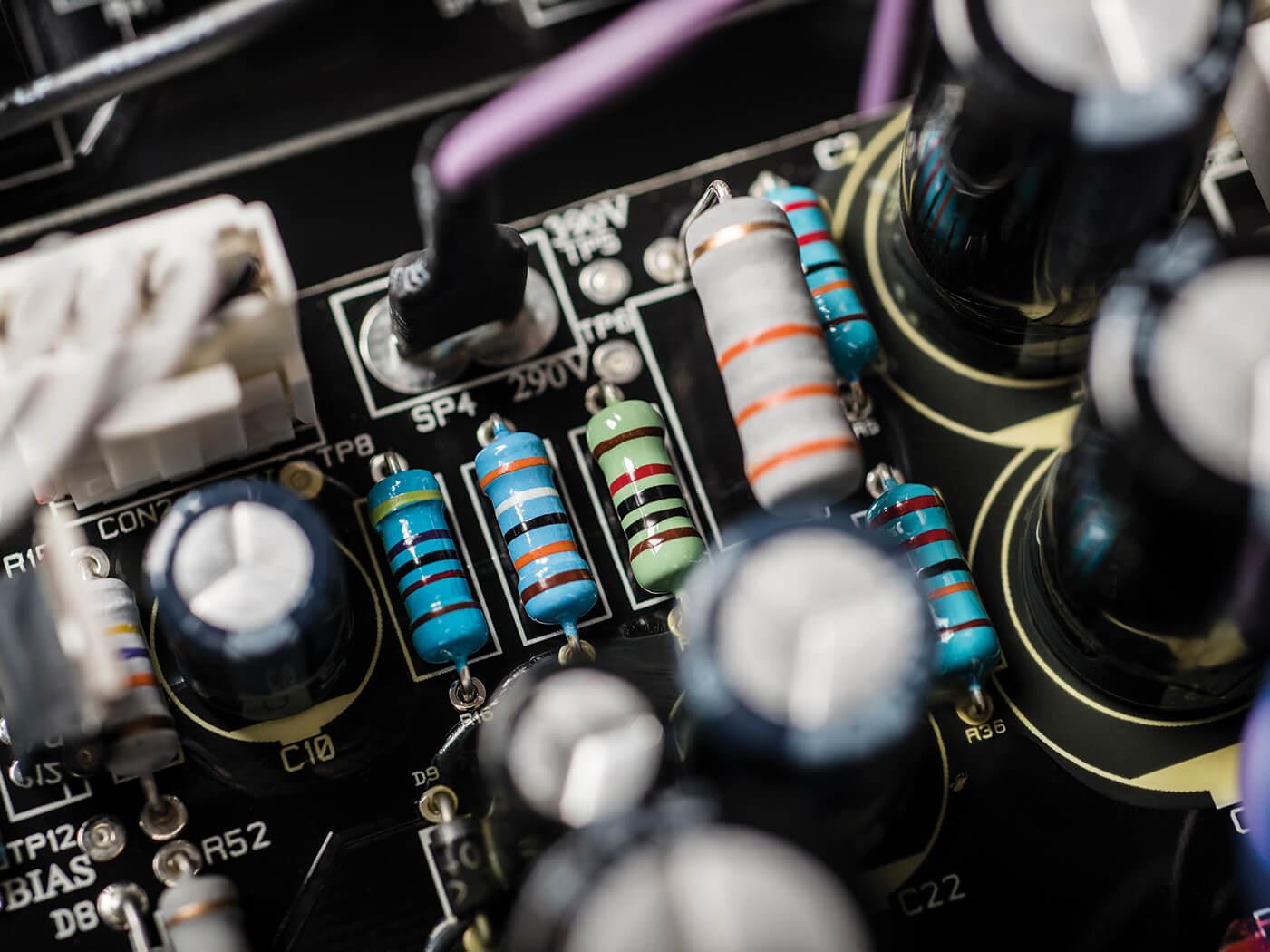 Blackstar Studio Review tube circuit