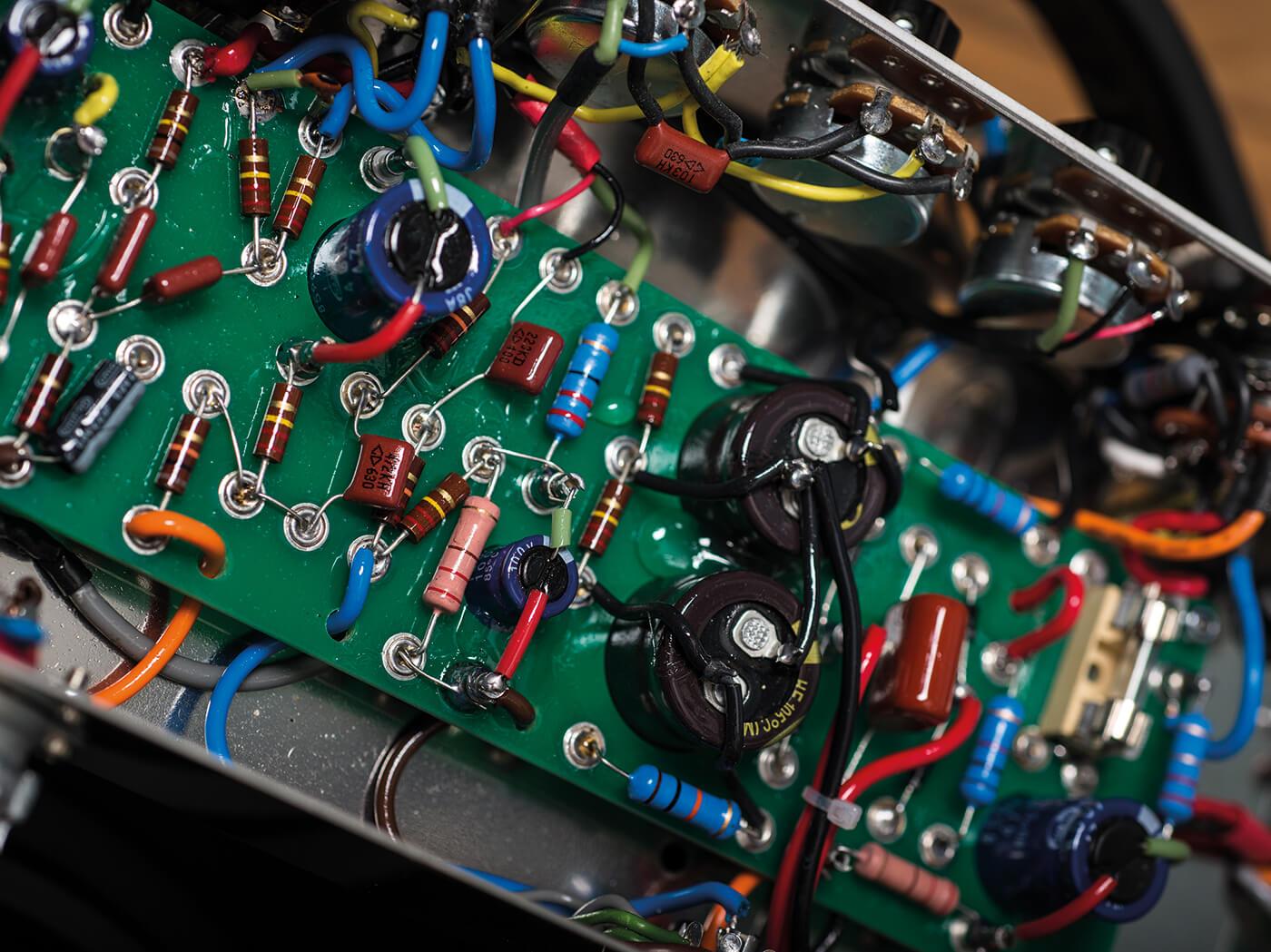 cornell amps traveller 5