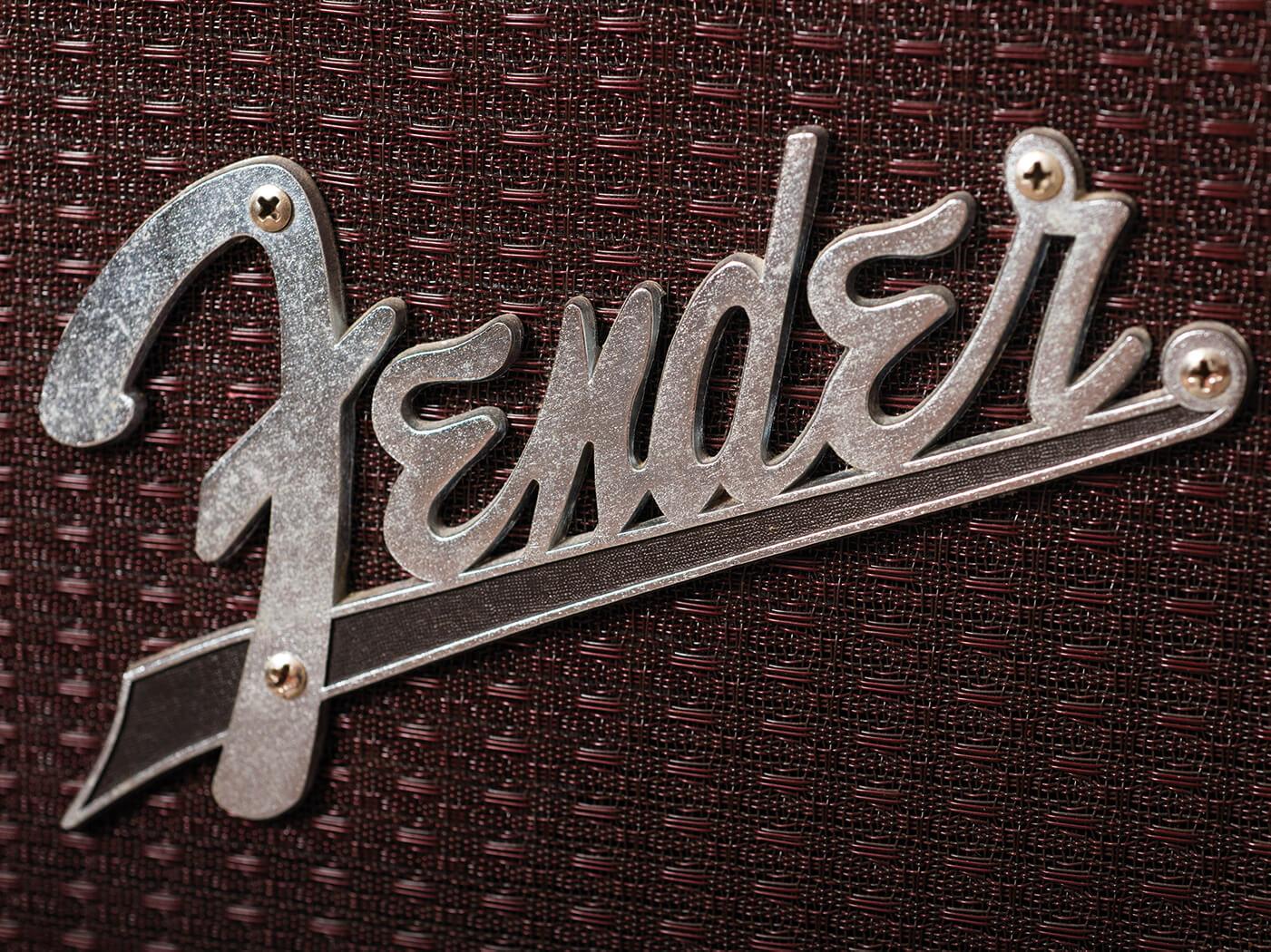 1961 Fender Pro Amp logo