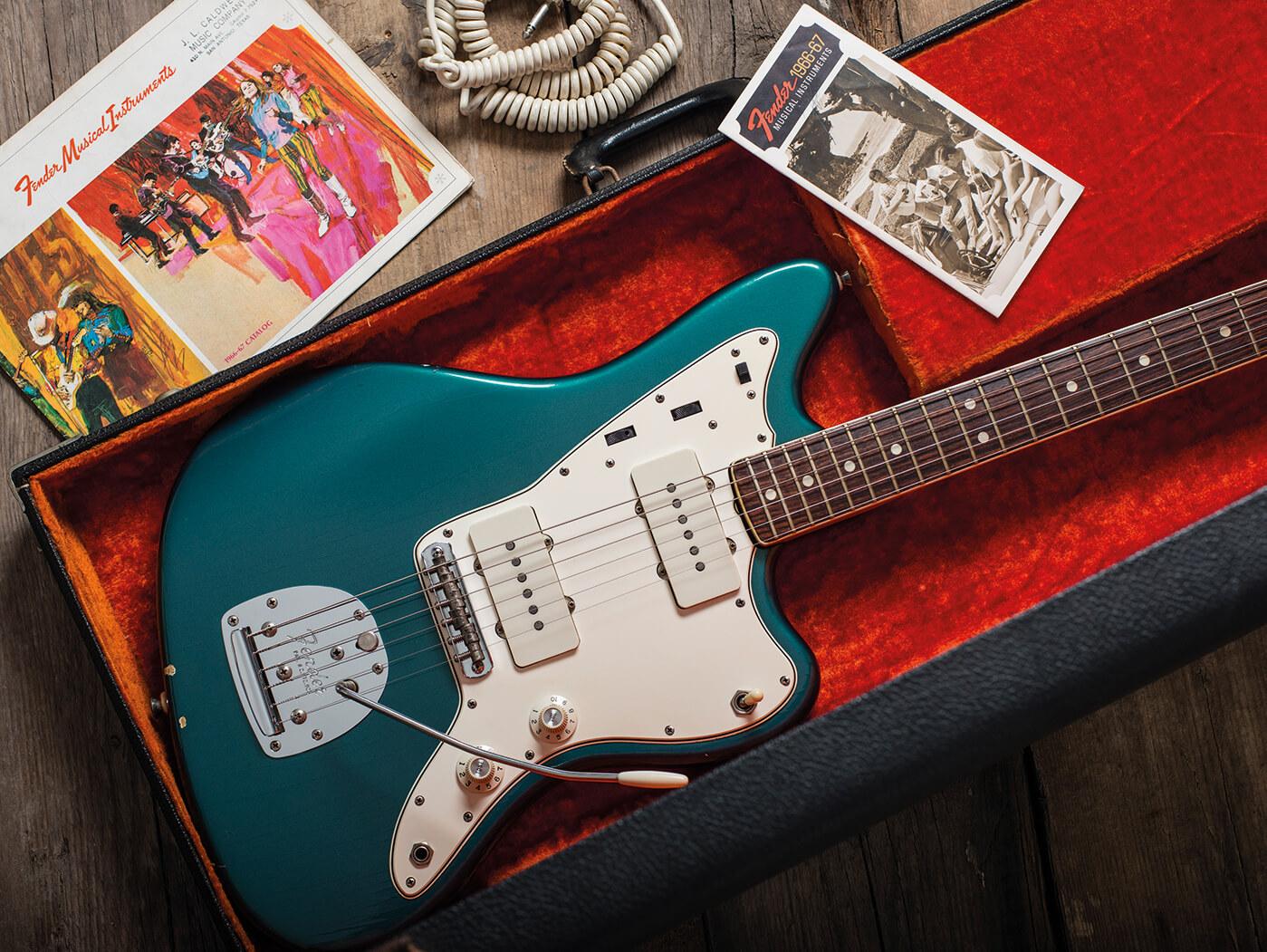 Fender 1966 Jazzmaster Ocean Turquoise feature
