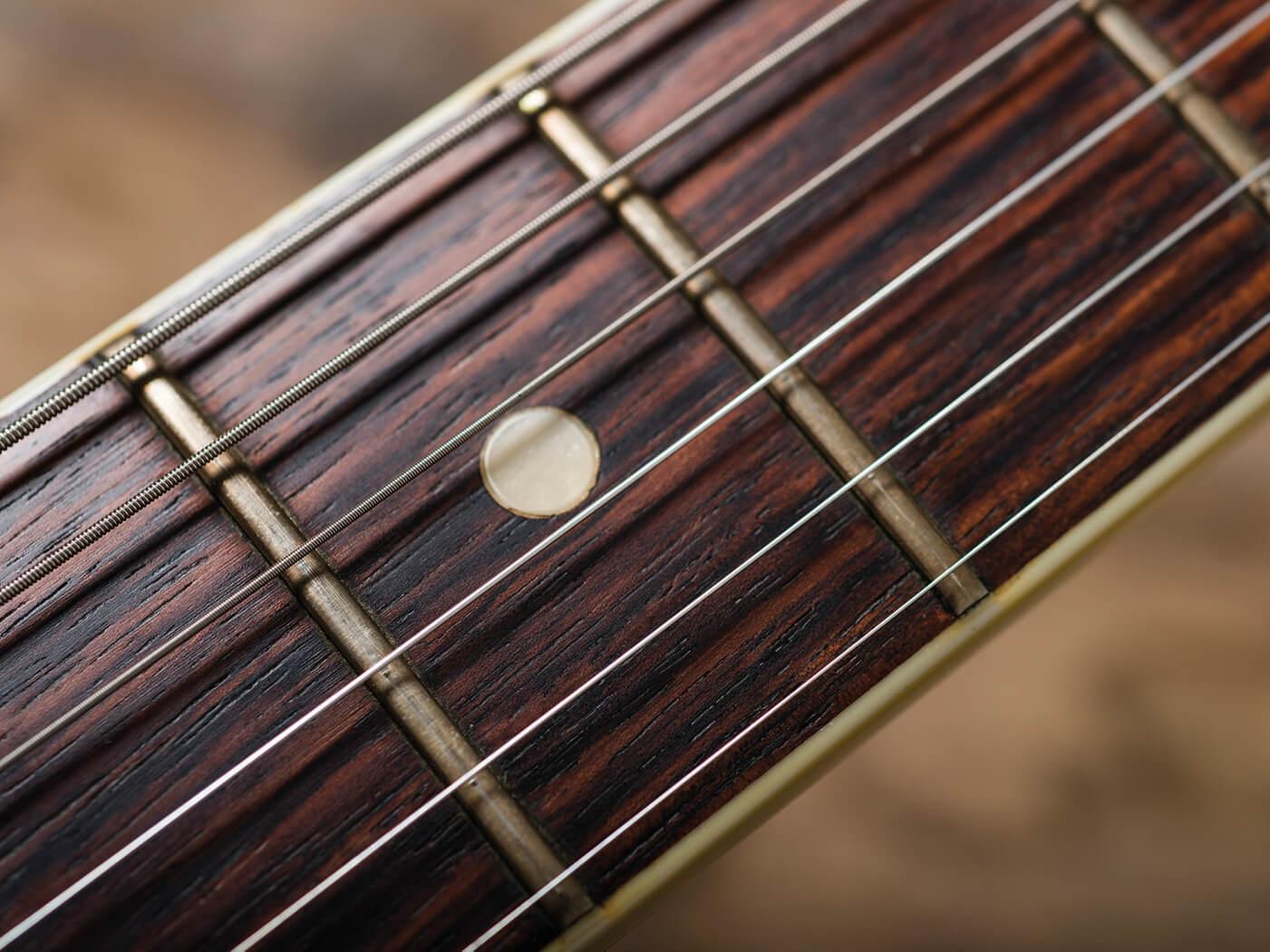 Fender 1966 Jazzmaster Ocean Turquoise fingerboard binding