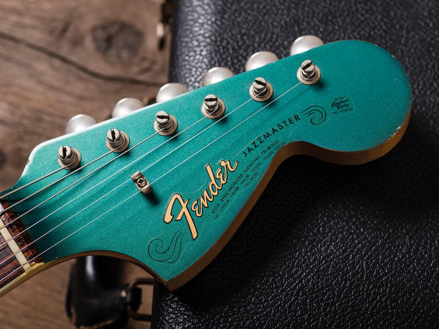 Fender 1966 Jazzmaster Ocean Turquoise headstock